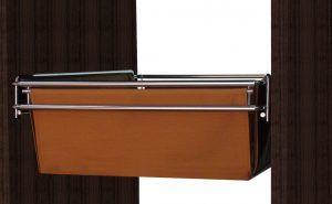 Elegante y práctica cesta. Extraíble y adaptable en el ancho. Se presenta en varios colores y medidas