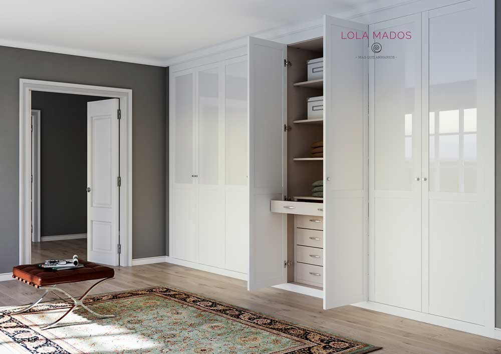 Puertas para armarios empotrados blancos a medida lola mados for Puertas madera a medida