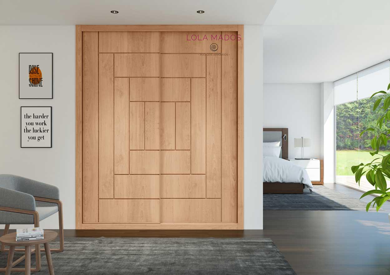 Puertas de armarios correderas en chapa barniz cerezo natural, con pantografiado dibujo fresado