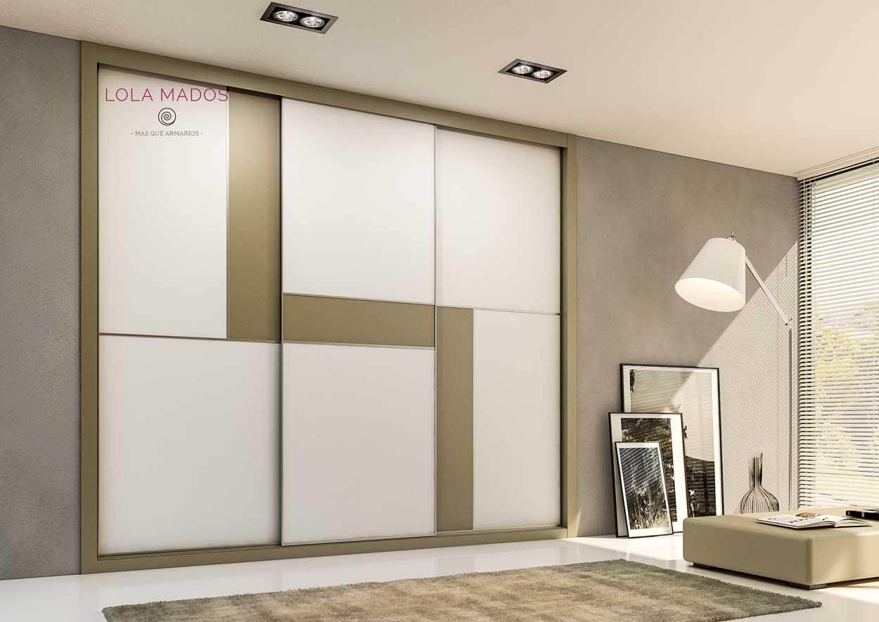 Armario de puertas correderas a medida, diseño minimalista, melamina blanca con melamina arcilla