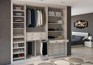 Interior armario empotrado en blanco ceniza