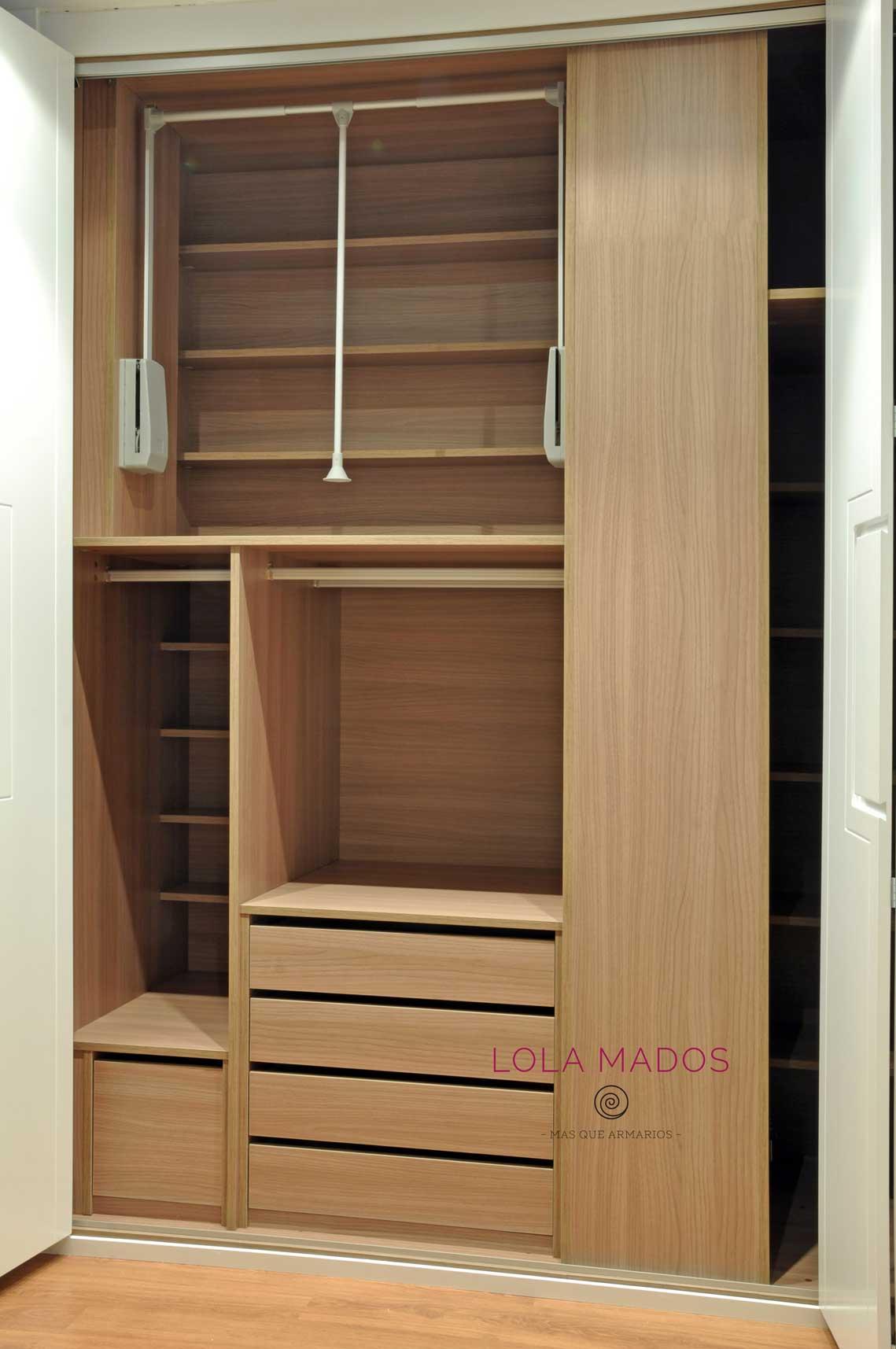 Hacer interior de armarios empotrados a medida blancos - Zapateros interior armario ...