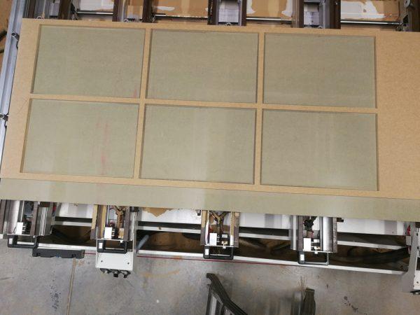 Fabricación para puerta corredera lacada